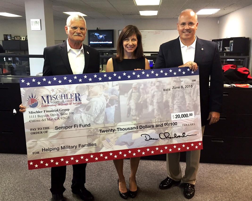 Mischler Prez Doyle Holmes (l), Semper Fi Fund VP Wendy Lehtin (c), Mischler CEO Dean Chamberlain (r)